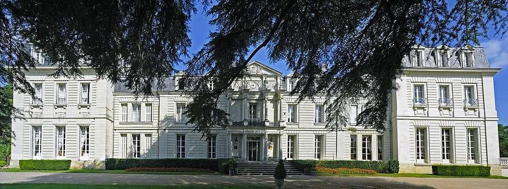 private chateau hotel