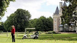 incentive travel - playing golf in the loire valley