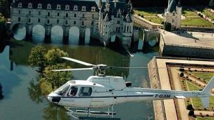 helicopter flight over Chenonceau castle